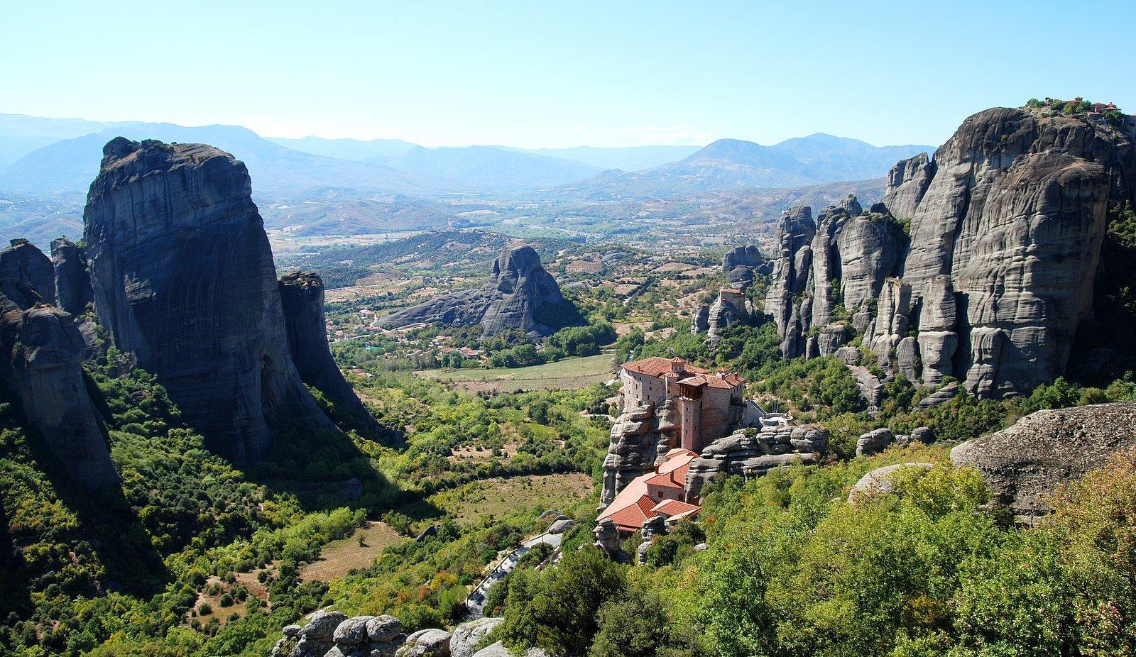 greece_meteora_monasteries