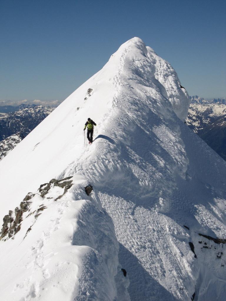 Greben, ki vodi na vrh Ankogla