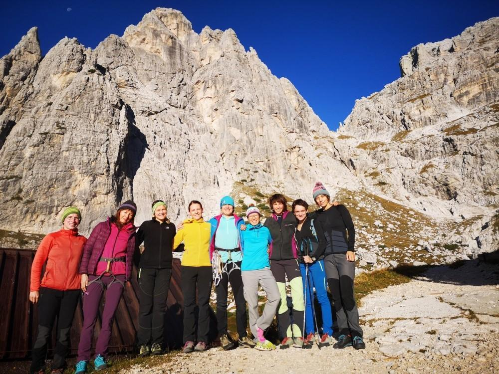 Šikle dol, plezalnike gor – ženski tabor 2019